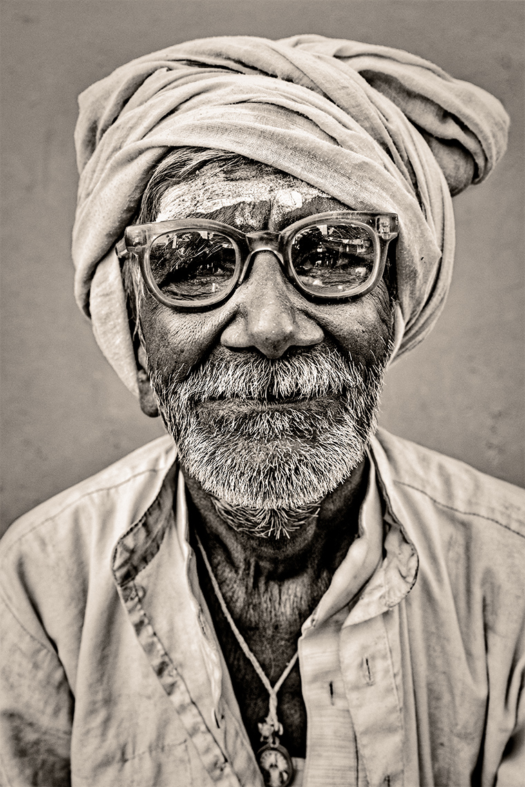 india-manwithglasses2