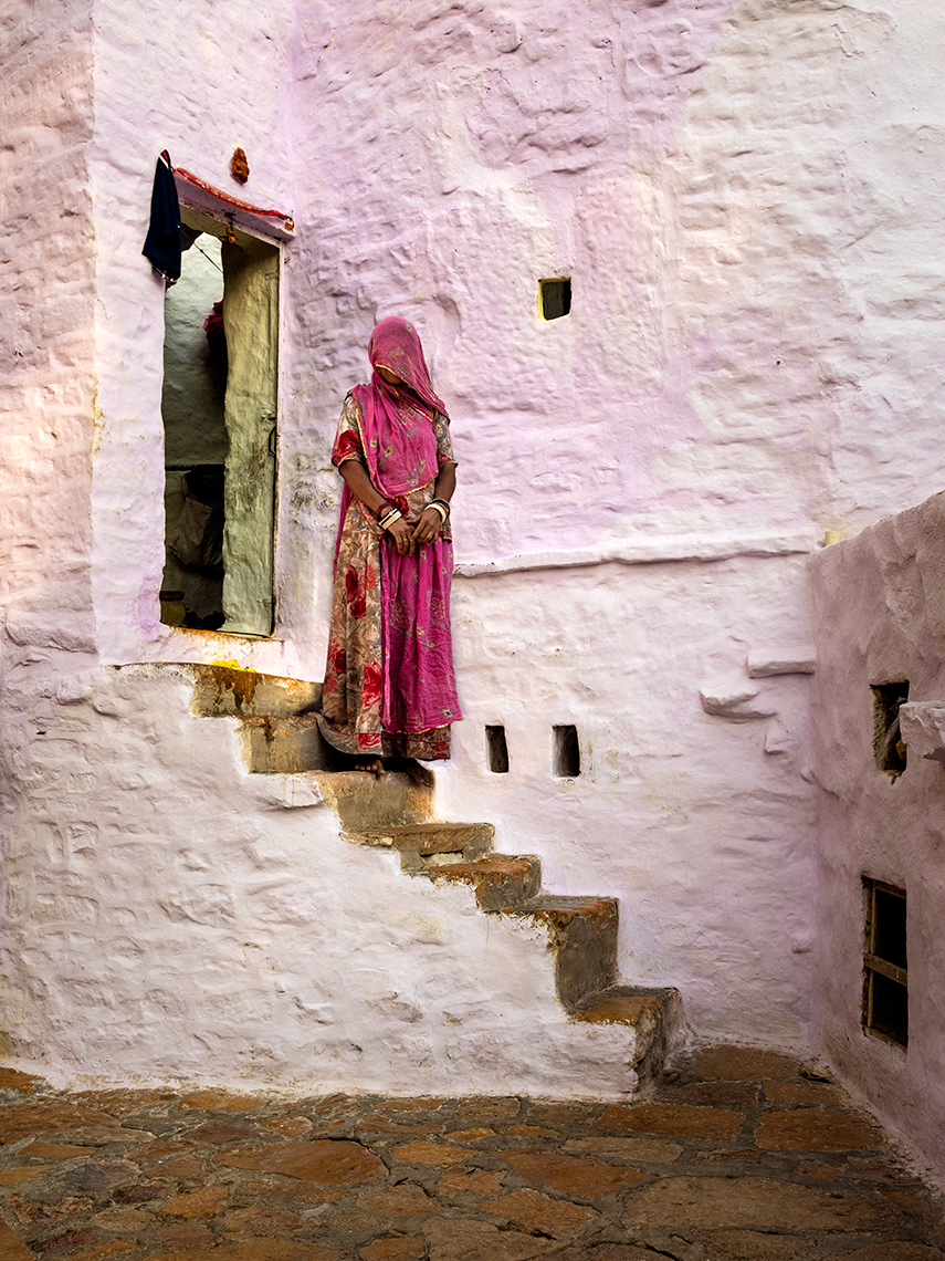 india-womanonstairs-v2